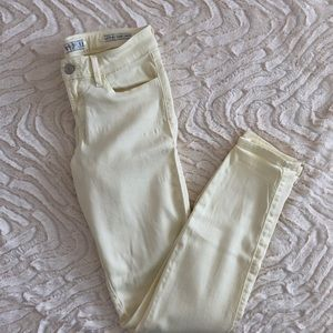 Pastel Yellow Guess Skinny Jeans